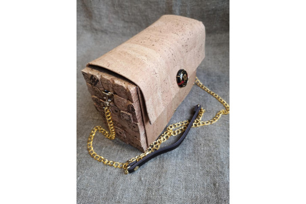 Handmade cork leather bag, the only one in the whole world.