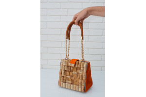 Cork bag with leather handles
